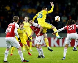 Arsenal UEFA Avrupa Ligi'nde bir üst tura çıktı