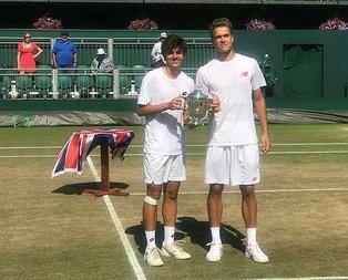 Wimbledona Türk damgası