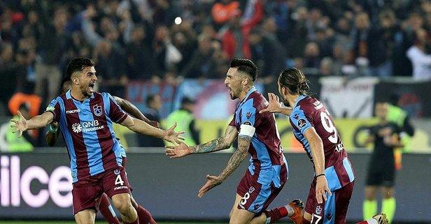 Trabzonspor'un yıldız futbolcusu kaza yaptı