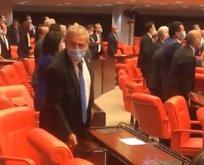 HDP'lilerle iş tutan CHP'li vekiller Meclis'te devlet malına zarar verdi