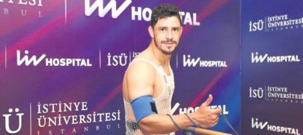 Fener Usta'nın hastanesinde kontrolden geçirdi!