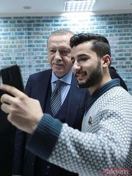 Başkan Erdoğan millet kıraathanesinde gençlerle bir araya geldi