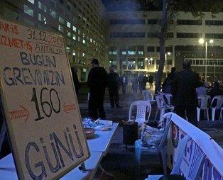 CHP'li Antalya Büyükşehir Belediyesi önündeki işçiler yeni yıla grevde giriyorlar!