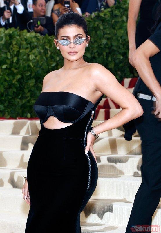 Forbes açıkladı! Kylie Jenner dünyanın en genç milyarderi