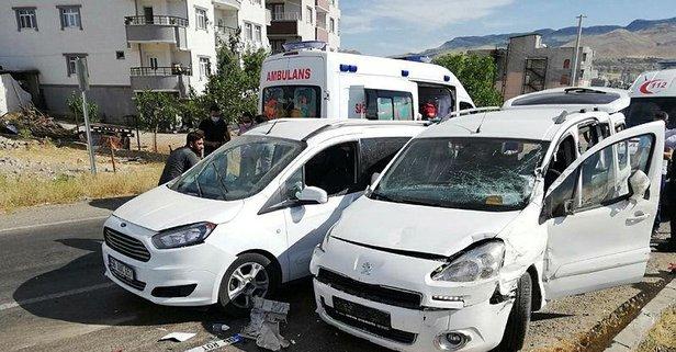 Siirt'te HDP konvoyunda trafik kazası!