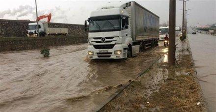 İzmir-Ankara yolu ulaşıma tekrar açıldı