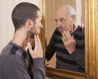 Olduğunuzdan yaşlı görünmenizin 5 sebebi