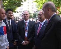 Başkan Erdoğan'dan Arjantin'de gençlerle samimi sohbet
