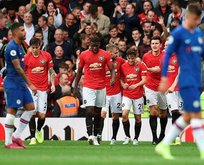 Manchester United lige 'farklı' başladı