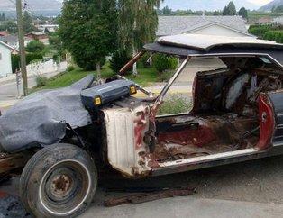 Hayrete düşürdü! Külüstür olarak aldığı arabayı 8 milyon liraya satıyor! Bin 200 TL'ye almıştı...