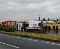İşçileri taşıyan minibüs devrildi! Yaralılar var