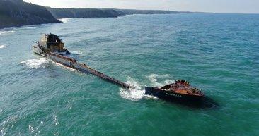Şile'de karaya oturan dev kargo gemisi kaderine terk edildi! Son hali havadan böyle görüntülendi