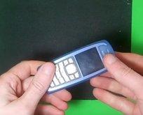 Eski telefonunu öyle bir şeye dönüştürdü ki...