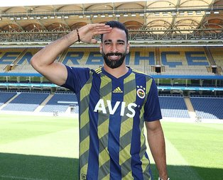 Fenerbahçe'nin yeni transferi Adil Rami hakkında şok gerçek! Gangnam Style dansı yaparken...