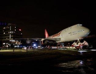 Hollanda o Türkleri konuşuyor | Hollanda'da otel bahçesine konulacak uçağın transferi tamamlandı