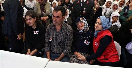 Başkan Erdoğan şehit babasıyla görüştü