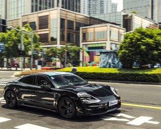 Porsche Taycan ilk kez göründü