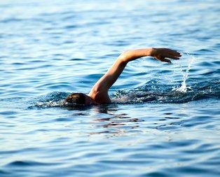 Rüyada yüzdüğünü görmek ne anlama gelir?