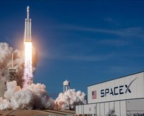 Elon Musk'ın SpaceX şirketinin roketlerinin adı nedir?