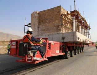 Hasankeyf kalesinin Orta Kapısı Arkeopark Alanına taşındı