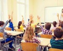 Bilim Kurulu Üyesi Tezer'den flaş açıklama! Okulların açılması...