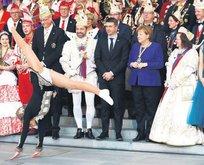 Merkel'i büyüleyen karnaval