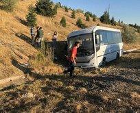 Ankara'da yolcu otobüsü personel minibüsüne çarptı
