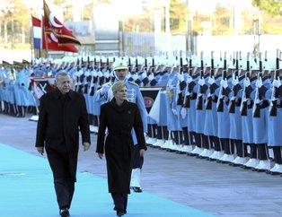 Başkan Erdoğan Hırvatistan Cumhurbaşkanı Kitaroviç'i resmi törenle karşıladı