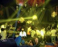 Esenyurt'ta gece kulübünde skandal görüntüler!