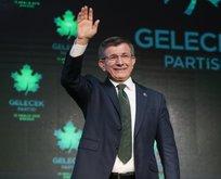 Ahmet Davutoğlu'nun HDP'yi davet etmesi Gelecek Partisi'ni böldü! İl başkanı istifa etti...