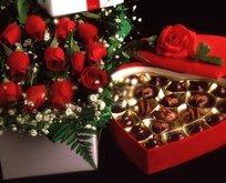 Sevgiliye ısrarla gönderilen çiçek taciz sayıldı!