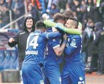 Erzurumspor, Bursa'yı puansız gönderdi: 2-1