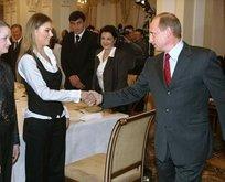 Putinin gizli aşkı sandık başında ortaya çıktı