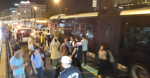 Metrobüs yolunda kaza! Seferler yapılamıyor