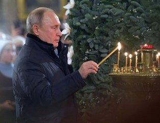 Rusya Devlet Başkanı Putin yine şaşırttı! Önce dua etti ardından...