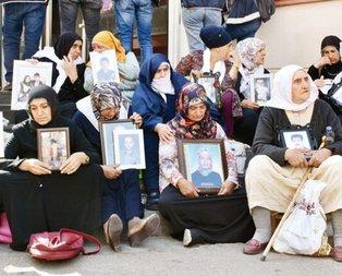 Taraftar gruplarından Diyarbakır'da evlat nöbeti tutan ailelere destek