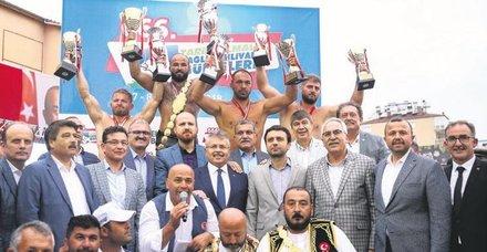 Elmalı'da şampiyon okulu