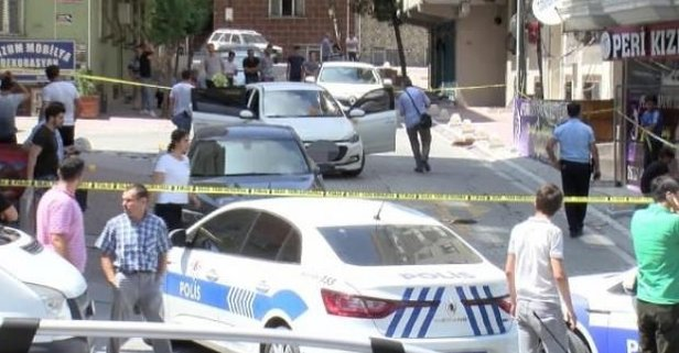 Esenyurt'ta polislere silahlı saldırı