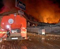 Kayseri'de fabrikada korkutan yangın!