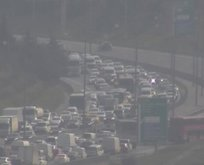 İstanbul TEM'de zincirleme kaza! Yol trafiğe kapandı