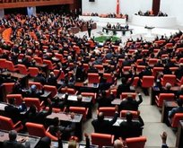 Meclis çalışmalarına 3 gün ara verildi