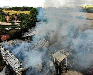 İstanbul Çatalca'da imalathanede yangın: Dumanlar kilometrelerce uzaktan görüldü