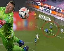 Muslera'dan akılalmaz hata! Messi şut atmadan gol attı