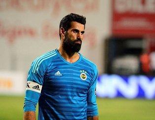 Medipol Başakşehir - Fenerbahçe karşılamasında Volkan Demirel taraftarları çıldırttı!