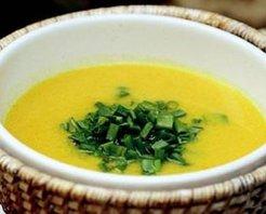 Taze Soğanlı Balkabağı Çorbası Tarifi