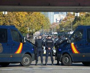 İspanyada alarm verildi! Her yer polis kaynıyor