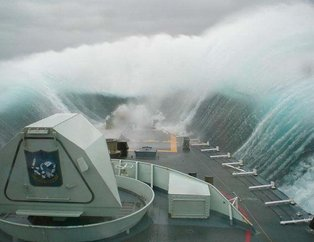 Denizde dehşet dolu dakikalar işte böyle görüntülendi!