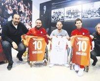 Sneijder&Riekerink'ten anlamlı ziyaret