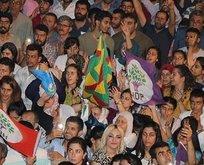 HDP mitinginde PKK propagandası