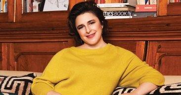 Bir Zamanlar Çukurova'nın yıldızı Esra Dermancıoğlu ile kızı Refia Dermancıoğlu'nun benzerliği şaşırttı